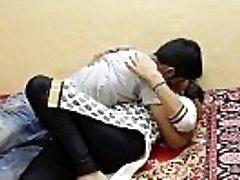Hawt Jawan Bhabhi Titties Sucked - HotShortFilms