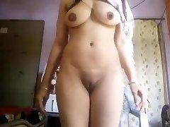 Super Hot Large Boobs Desi Cutie Nude Selfie