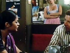 印度女孩性交的德国人在80's电影