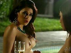 GirlsWay-印度的夏天,Shyla詹宁斯,凡妮莎维拉克鲁斯、S