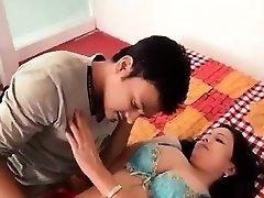 Warm Bhabhi Making Romance