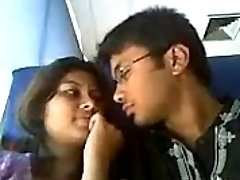 India hot lovers lip kiss