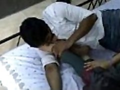 Indian model in churidar foot worship - XVIDEOSCOM