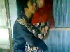 Desi Hindu BF suudleb Fucks Moslemi tüdruk Afeena aastal Colg Klass