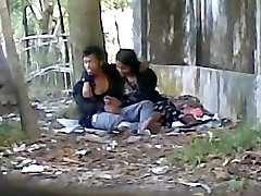 Deshi Cute lover Throating Big Cock In Public Park
