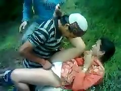 Desi Bashful Aunty Fucked By Himachali Fellow