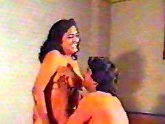 老式的印度色情有印地语pt1
