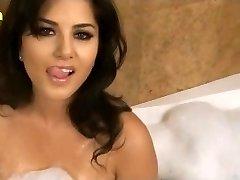 Sunny Leone XXX Porn Hd Hook-up Video Sunny leone wet large boobs www.xjona.com