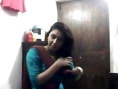 Super-sexy Bengali Babe In Shalwar at Masturbation