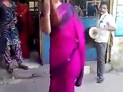 印度裸露在公众