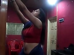 Marvelous Desi Switching Saree