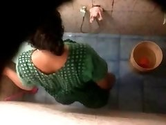 Indian Bhabhi Spycam Bathroom