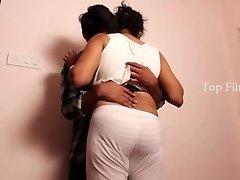 Sripiya Belly Button Caress