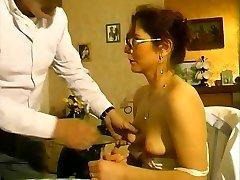 Hot mom penetrated by her elder neighbor - Telsev