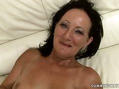 Shabby brunette mom gets her moist punani impaled with dildo machine