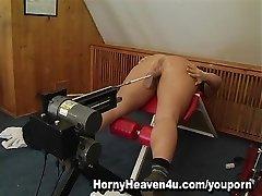 Cougar Nailing Machine
