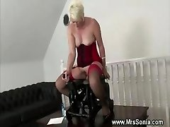 Mature lady tucked by fucking machine