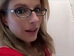 Super-sexy mom blows not-son