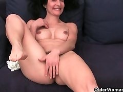 French granny Emanuelle loves cleaning and jacking