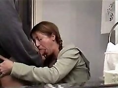 sexy mom sucking phat cock and guzzling