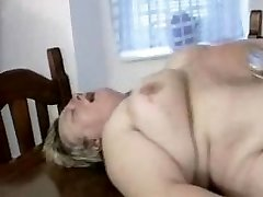 obese german milf gets penetrated