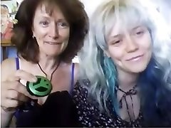 Real mother and not stepdaughter Web Cam 85