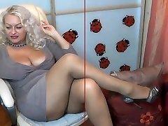 mature pantyjose webcam