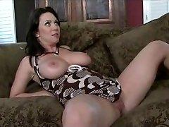 Mom gets a supreme internal ejaculation