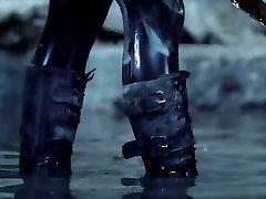Kate Beckinsale latex (  Underworld 1 , Two , 4 )