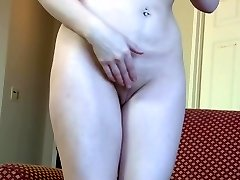 Inexperienced busty mom fucks honeypot with rubber cock