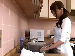 Huge squirting japanese mommy by airliner1