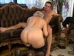Büyükanne Orgy