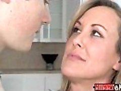 Teen Madison Chandler and chesty MILF Brandi Love 3some