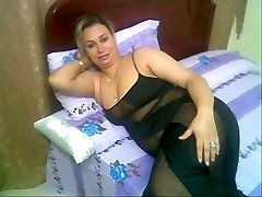 Spying Arab Wazoo - Mature Wazoo Home - Candid Wazoo