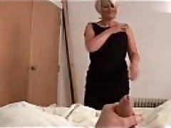 Mature bimbo ruling over a rod POV
