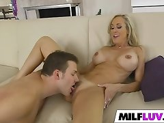 Peeking at cool MILF Brandi Love
