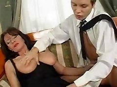 Superb Hairy Mature Squirts While Fucking Young Weenie