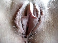 squirtys unshaved cunt