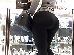 MOTHER TELL ME TO FOLLOW MYDREAMS!Latina Cock-squeezing Ass In black spandex