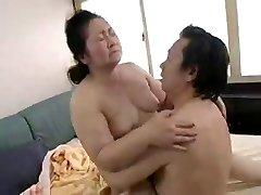 Japanese Grannies 70+ (2)