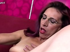 Old thin mother loves anal and pussy have fun