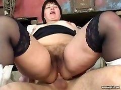 BBW Granny Gets Assfuck