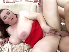 Hot mature moms seduce youthfull guys