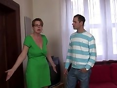 stellar Mommy fucks by young cocks