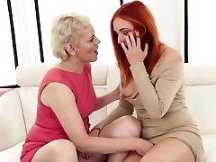 Mature gal fisted by euroteen stunner