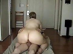 Amateur mature get nail on cam