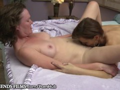 GirlfriendsFilms Lesbo Cougars Make Each Other Raw