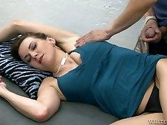 Tight amateur brunette mummy enjoys armpit licking and cunni