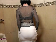 FFstockings - Mature stroking off StrapOn in the Mens Guest Room