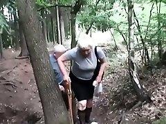 Mature slut pee and gives head